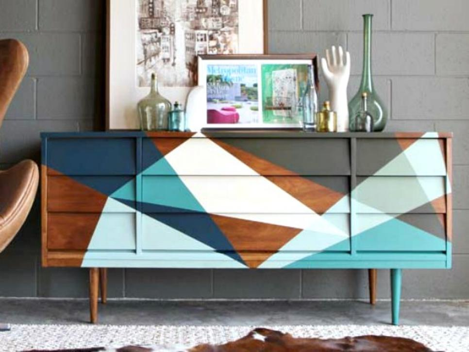 19 creative ways to paint a dresser diy for Painting designs on wood furniture