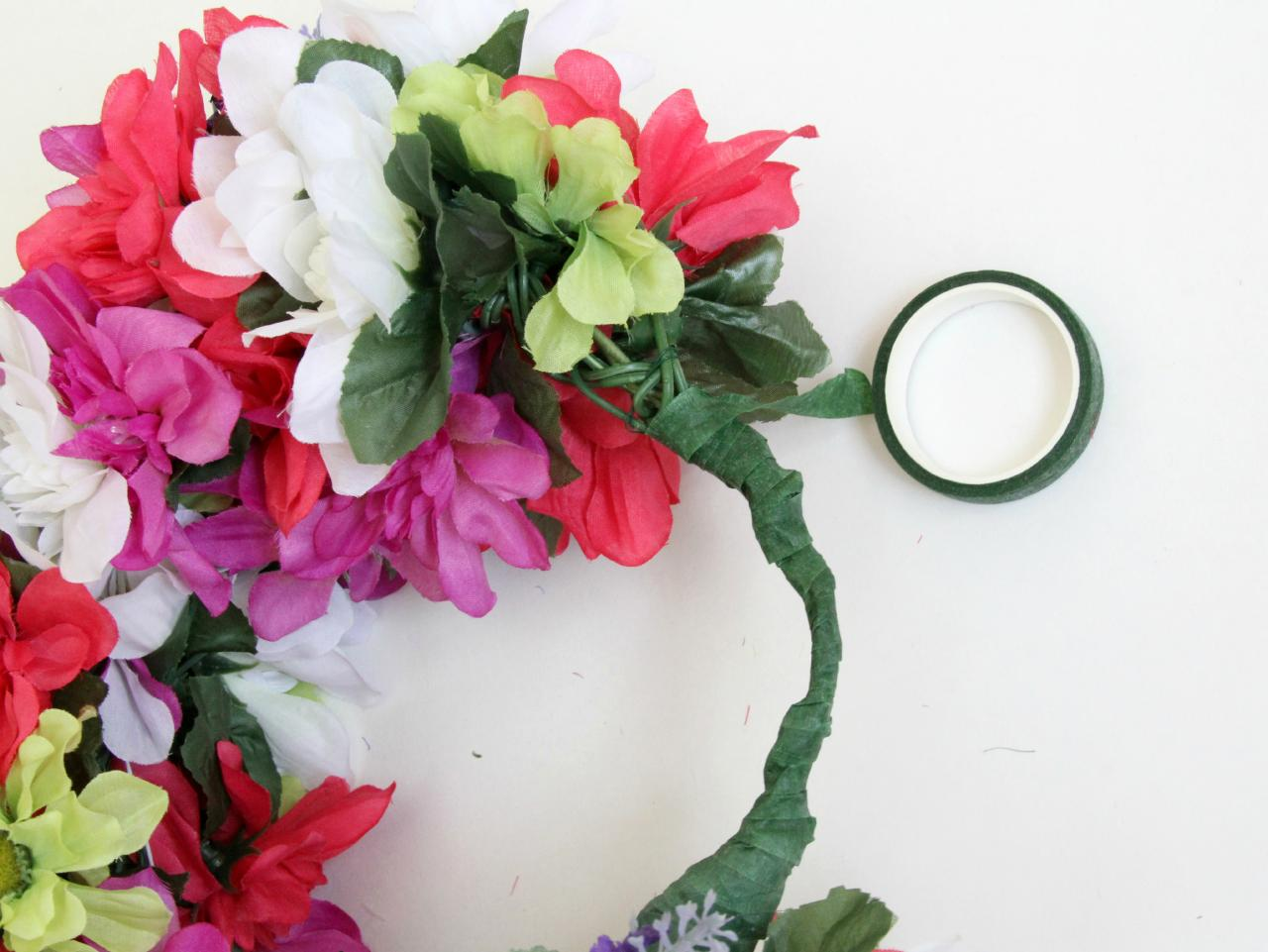 How to make a floral head wreath how tos diy ci jess abbottwedding floral head wreath wrap thin wire6h izmirmasajfo