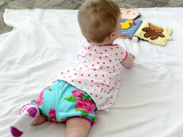 Free patterns and instructions for crafting baby clothes ...