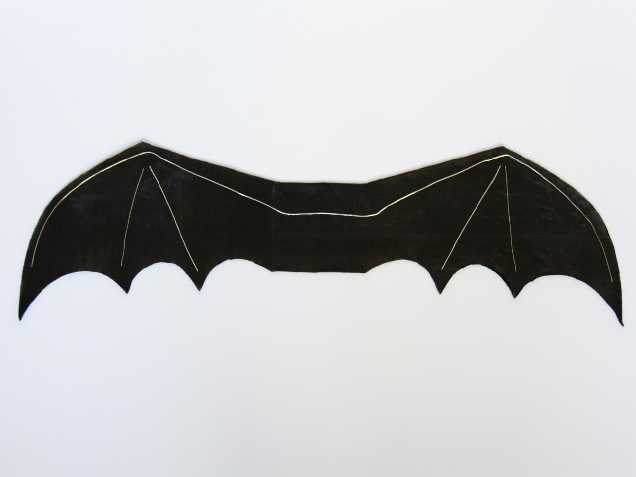 Step 4 : costume bat wings  - Germanpascual.Com