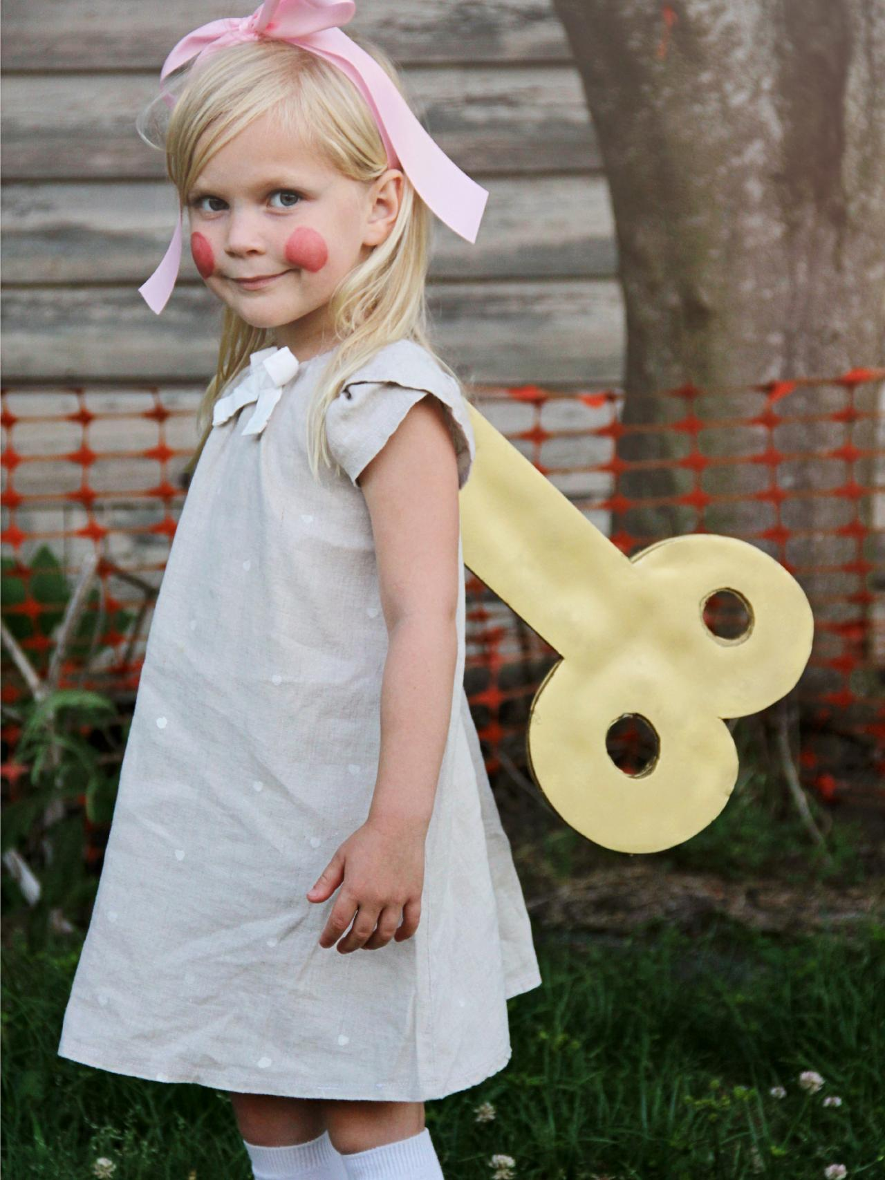 How To Make A DIY Toy Doll Halloween Costume For Kids