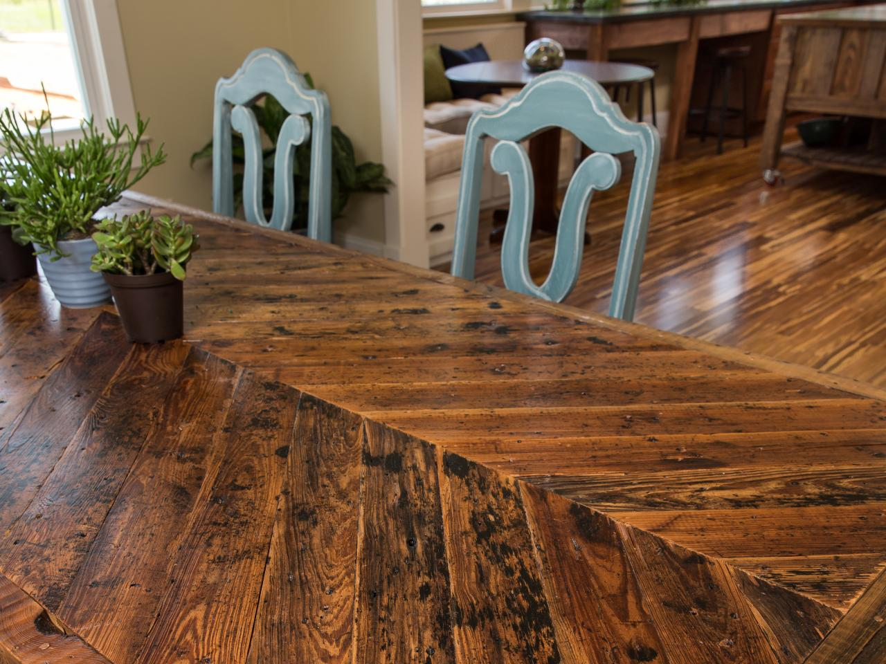 How to build a dining table with reclaimed materials how How to make room attractive