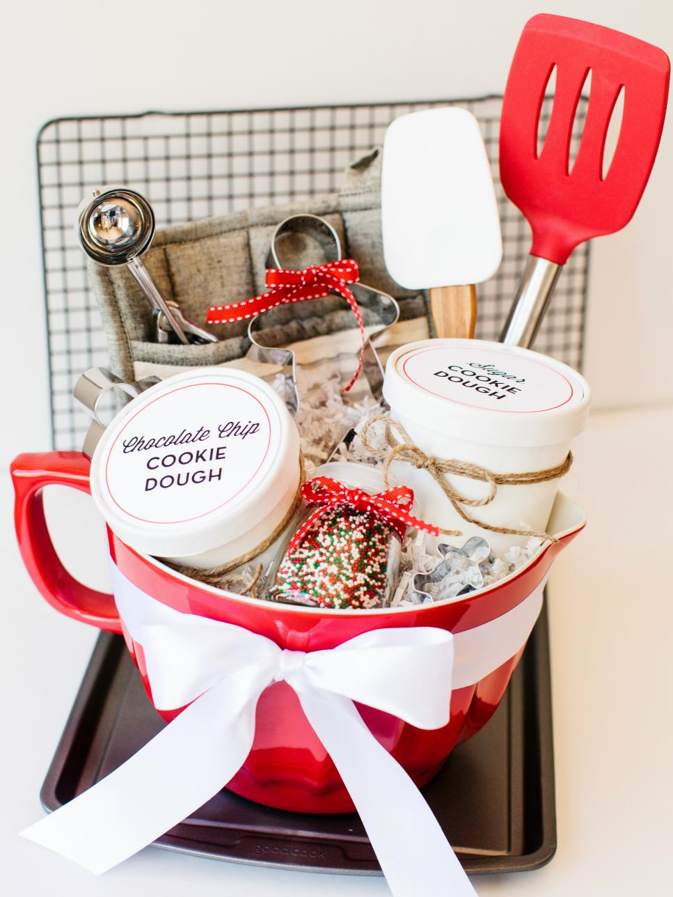 Culinary gift basket ideas diy Gifts for kitchen lovers