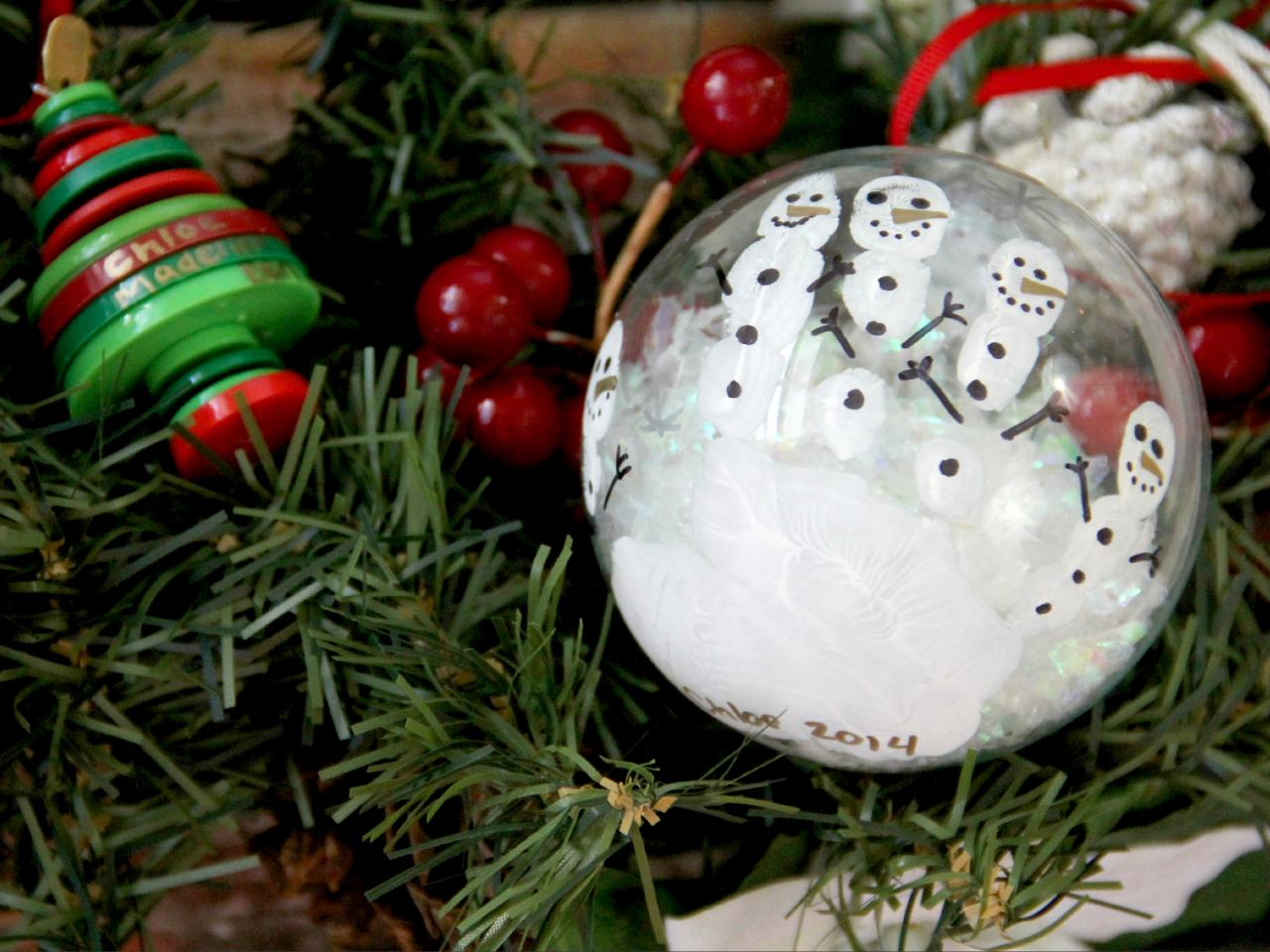 how to make kids handprint snowmen ornaments - Christmas Bulb Decorations