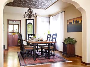 Original-Laurie-March-ODOC-tin-ceiling-dining-room_s4x3