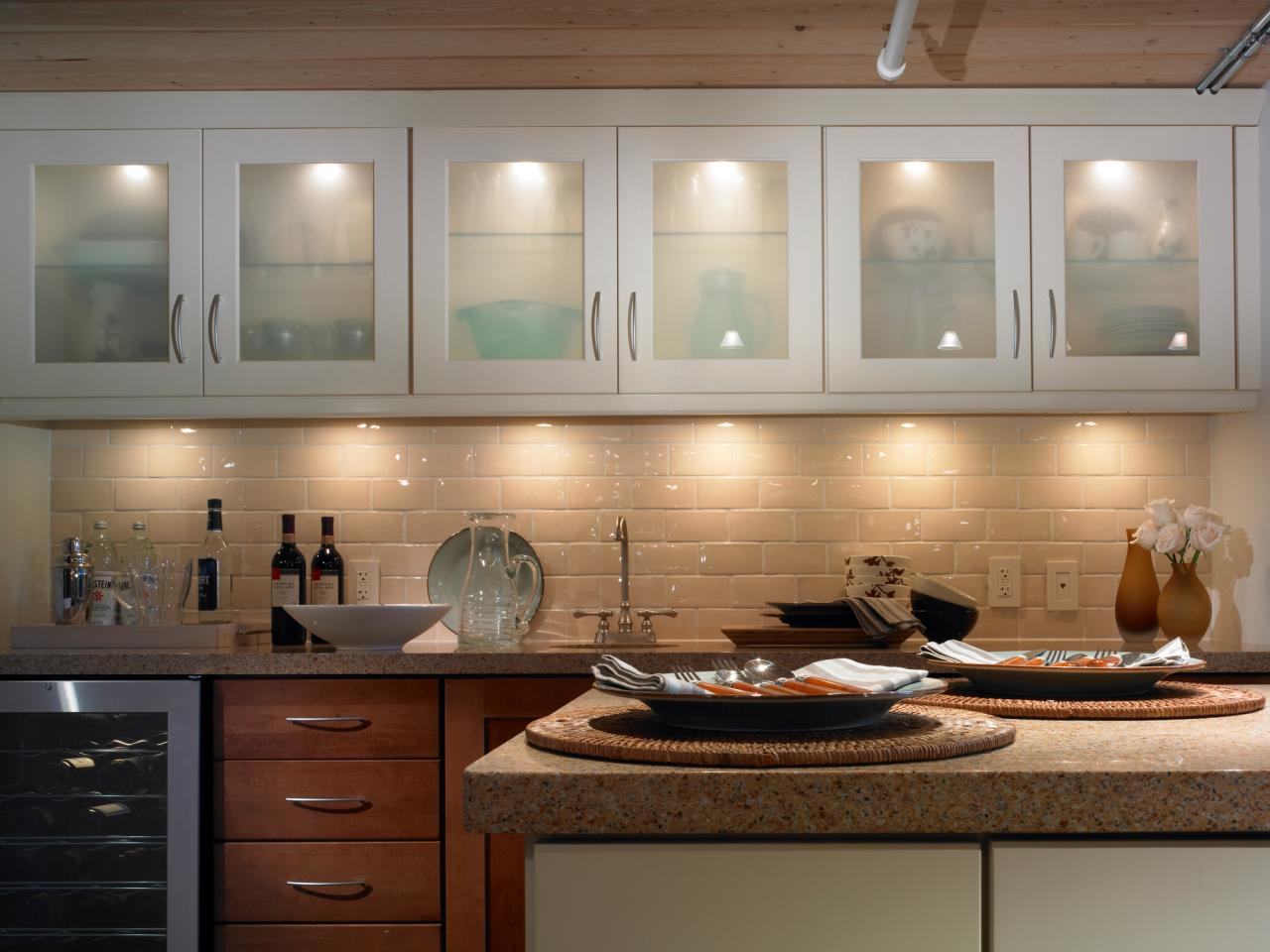 Kitchen Lighting Design Tips DIY - Kitchen up lighting