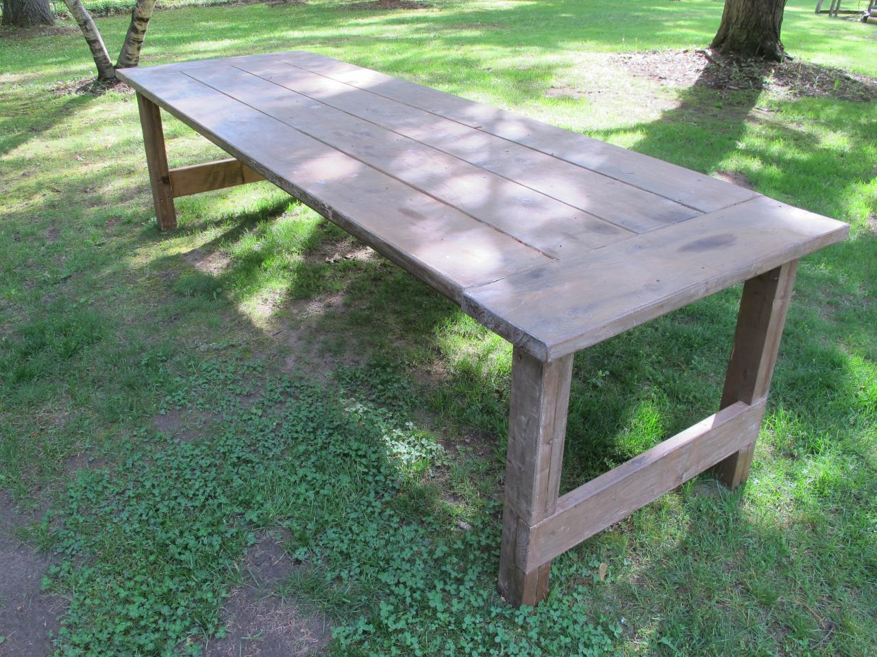 How To Apply A Wax Finish To An Outdoor Picnic Table How