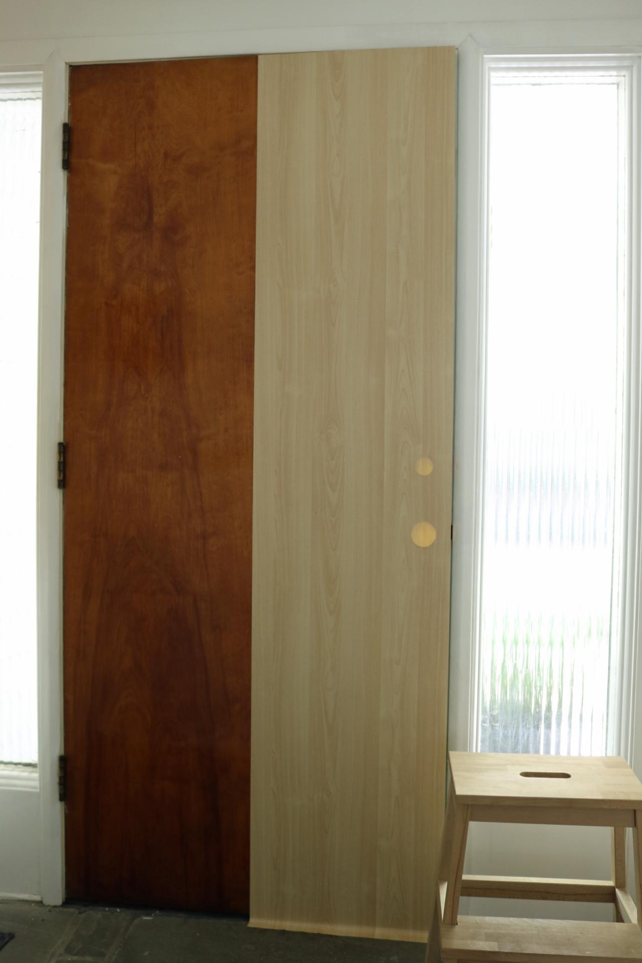 how to put blinds on hollow door