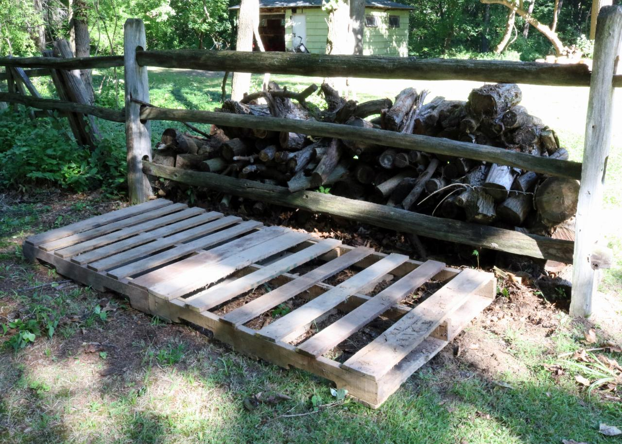 How to Build an Outdoor Firewood Storage Shed | how-tos | DIY