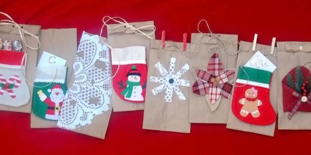 Easy diy christmas gift bags diy network blog made remade diy diy christmas gift bags solutioingenieria Image collections