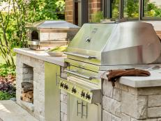 No matter your budget, check out these ideas for creating an outdoor kitchen made for partying.