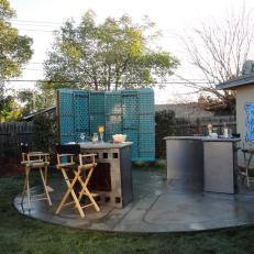 Eclectic Outdoor Bar and Grill