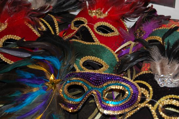 Ideas For Throwing A Mardi Gras Masquerade Party Diy Network Blog