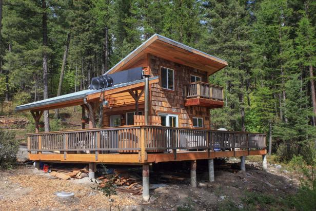 3 very different ways to go off the grid