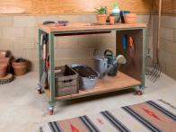 Build a Garden Potting Bench With Built-In Dry Sink