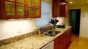 Kitchen remodel budgeting the bottom line diy kitchen remodeling 8 videos solutioingenieria Image collections