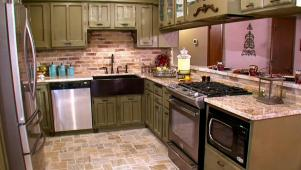 Open French Country Kitchen 0357